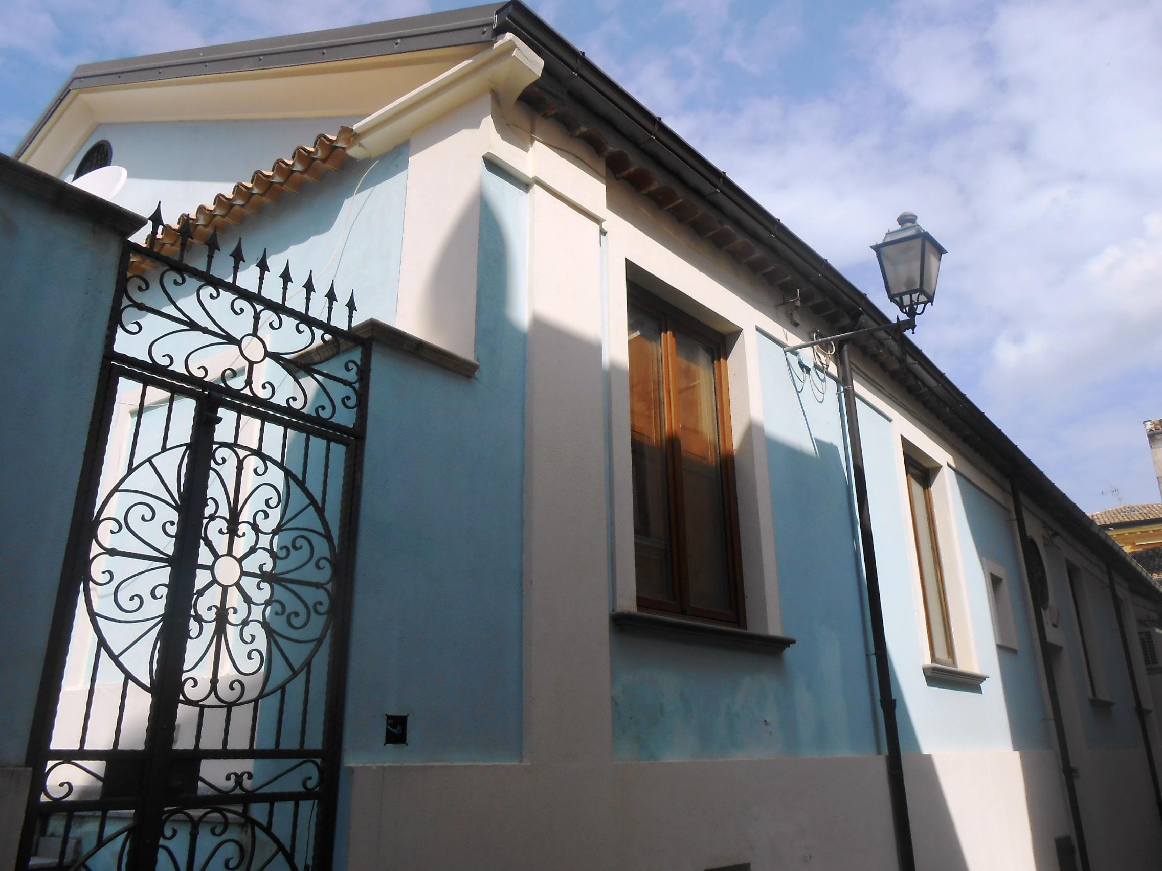 Appartamento centrale uso ufficio for Appartamento ufficio roma